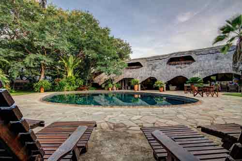 Bayete Guest Lodge - Victoria Falls